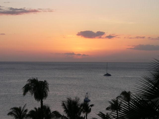 sun setting in Maui